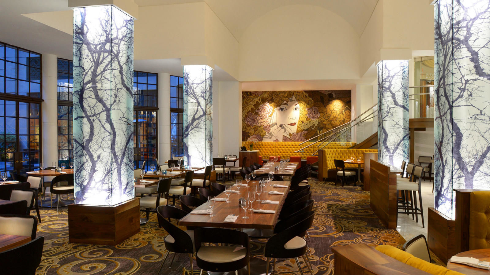 Hotel Features | Dining